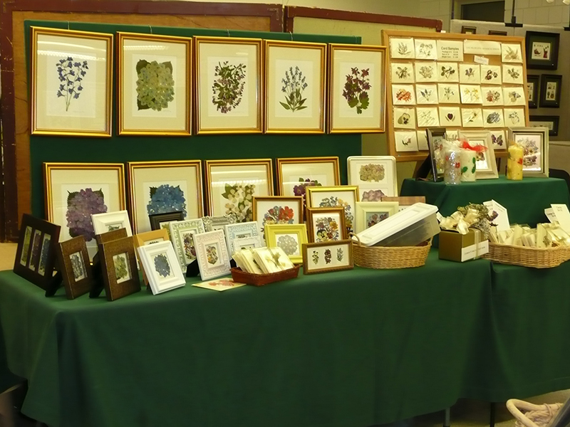 NORTH-PENN-SELECT-CRAFT-SHOW-MARCH-2011-BOOTH-SETUPS-024